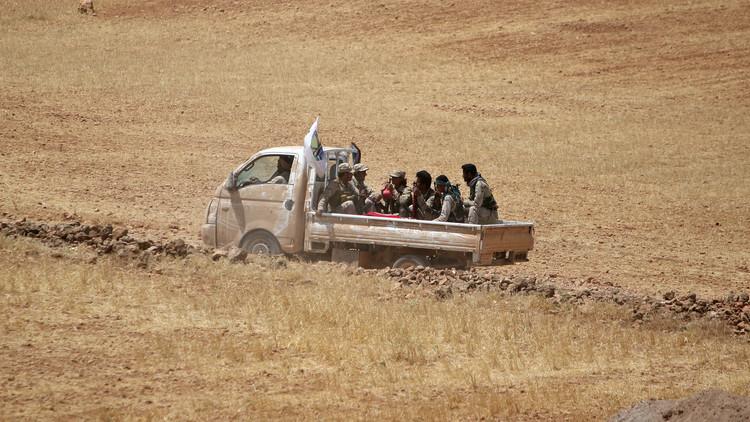 قوات سوريا الديمقراطية تحاصر منبج بالكامل