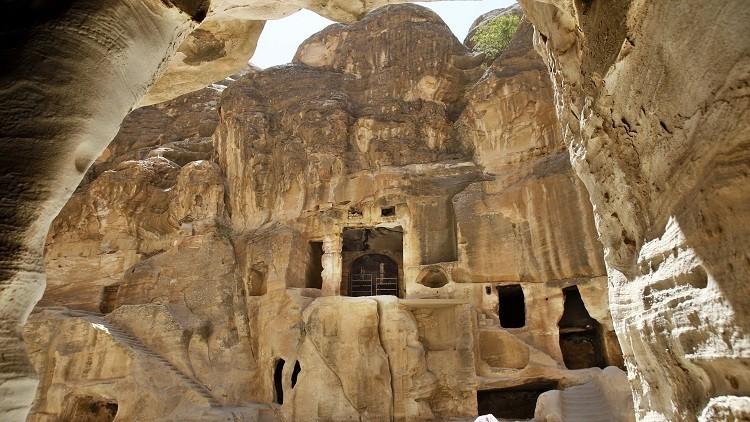 اكتشاف أثري في البتراء عمره 2150 سنة