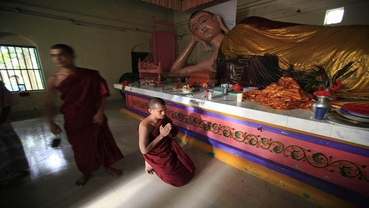 مقتل عامل في معبد هندوسي بالفؤوس في بنغلاديش