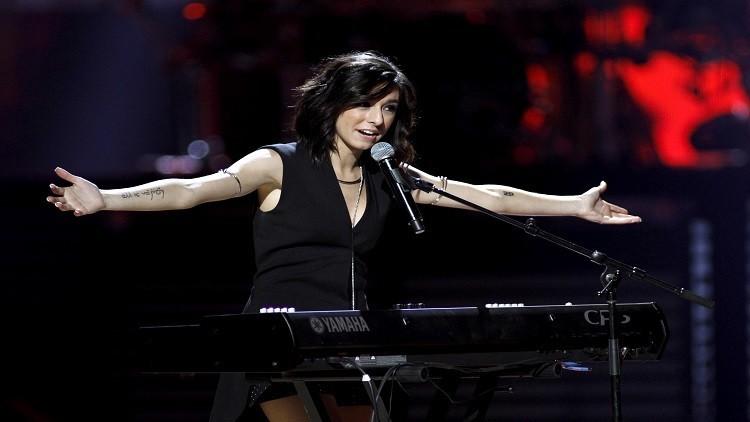 مقتل المغنية الأمريكية كريستينا غريمي