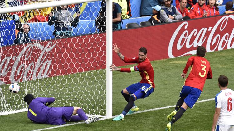 إسبانيا تهزم التشيك .. (يورو 2016)