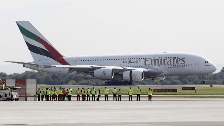بين دبي وموسكو.. أضخم طائرة في العالم