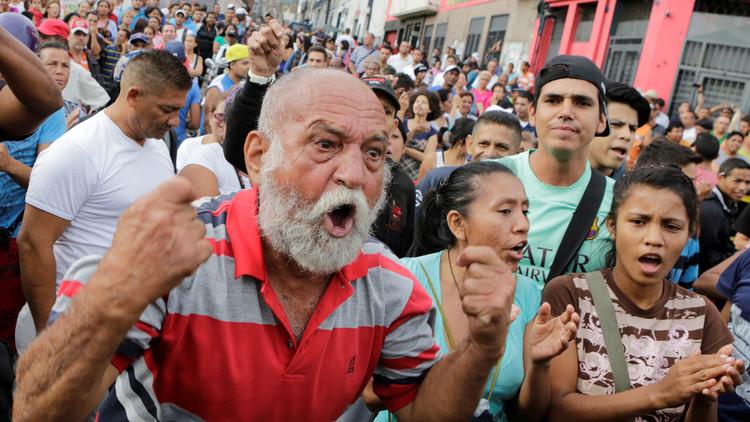مقتل شخصين أثناء احتجاج على نقص الغذاء في فنزويلا