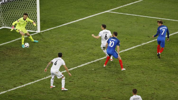 غريزمان يقود فرنسا لدور 16 في يورو 2016 (فيديو)