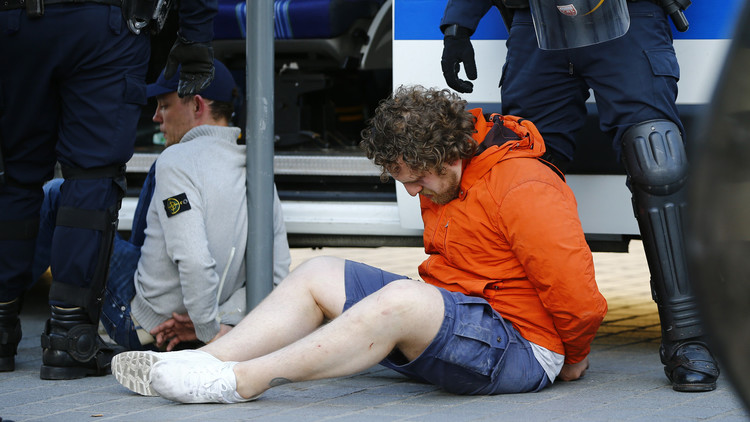 يورو 2016.. الحكم على ثلاثة مشجعين روس بالسجن