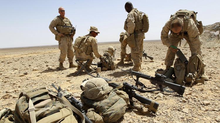 واشنطن بوست: الولايات المتحدة تخطط للحفاظ على قواتها العسكرية في اليمن