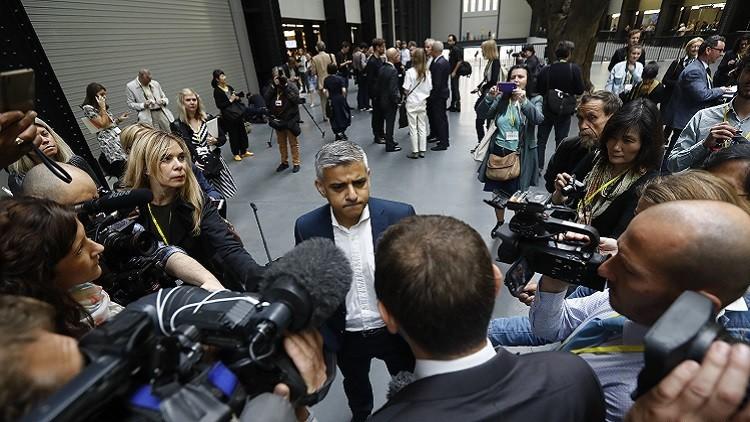 عمدة لندن يتهم سلفه بتأجيج الكراهية تجاه المهاجرين