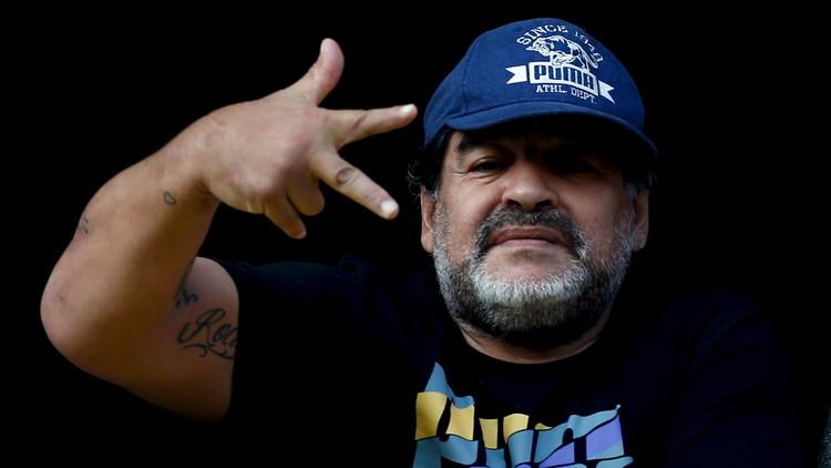 مارادونا يوجه رسالة تحذيرية للاعبي التانغو !!