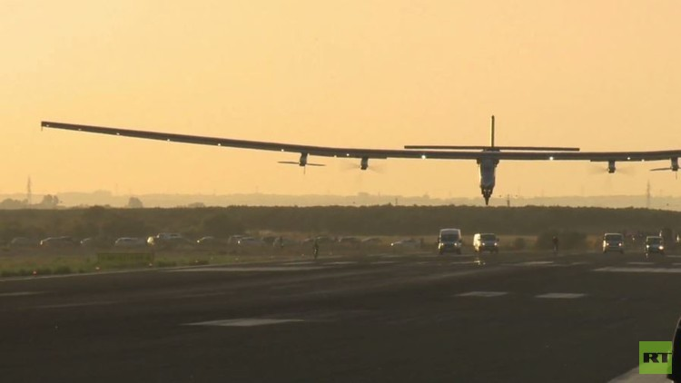 سولار إمبولس 2 أول طائرة  تعبر المحيط الأطلسي ببطارية شمسية