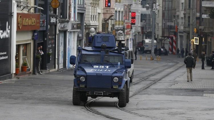 إصابة شخصين ومقتل سائق حافلة في انفجار بتركيا