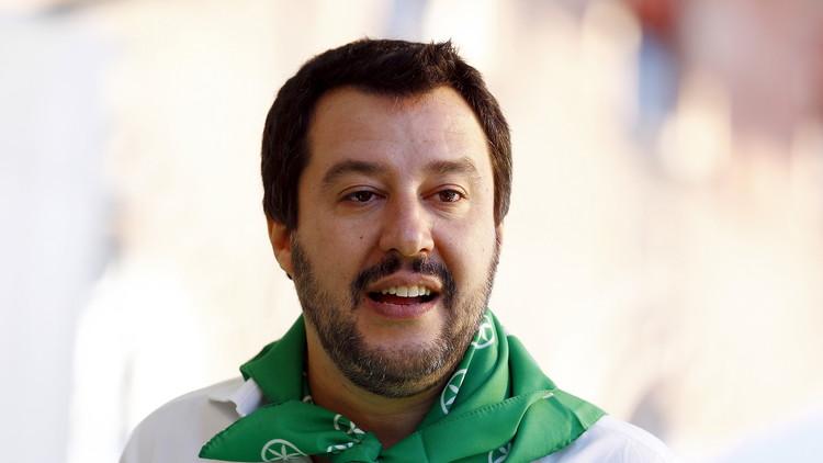 معارض إيطالي يدعو لمغادرة سفينة أوروبا الغارقة
