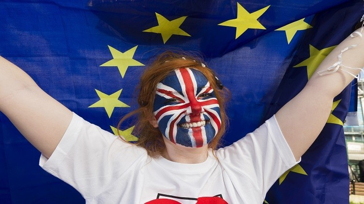 الآلاف في لندن يطالبون بالاستقلال