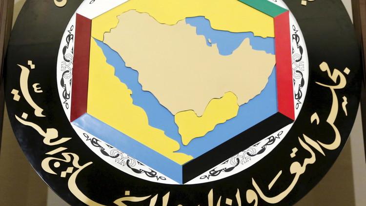 هل تخرج السلطنة من مجلس التعاون الخليجي؟