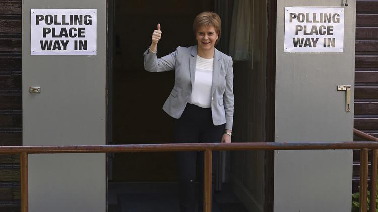 اسكتلندا: مستعدون لتنظيم استفتاء ثان حول الاستقلال