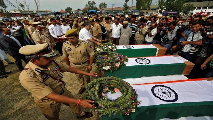 مقتل 8 من الشرطة الهندية في هجوم بكشمير