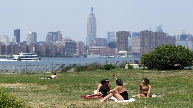 الحر يهدد حياة الآلاف في نيويورك