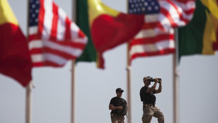 دكار تصادق على وجود عسكري أمريكي دائم