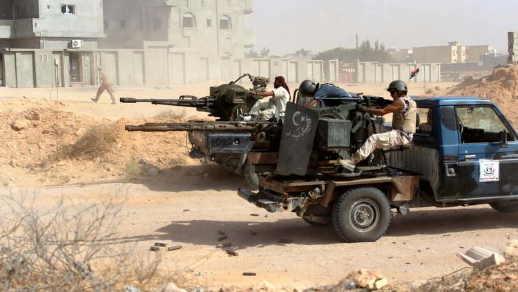 مواجهات طرابلس تهز الثقة بحكومة الوفاق