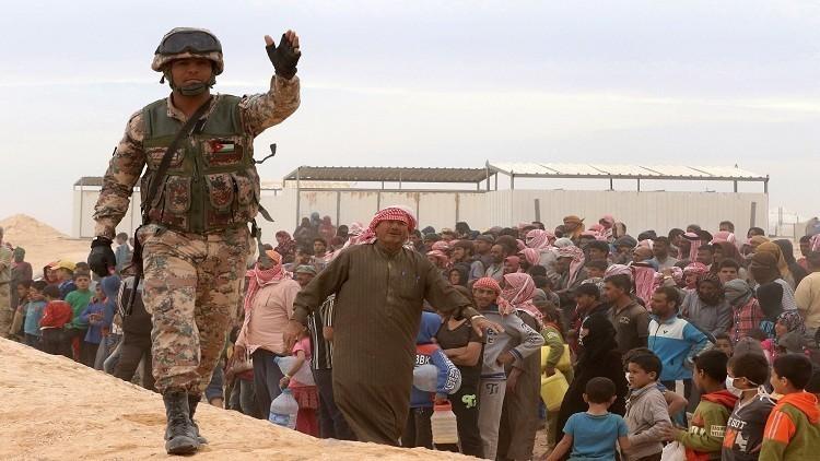 الأردن يمنع المساعدات عن اللاجئين السوريين
