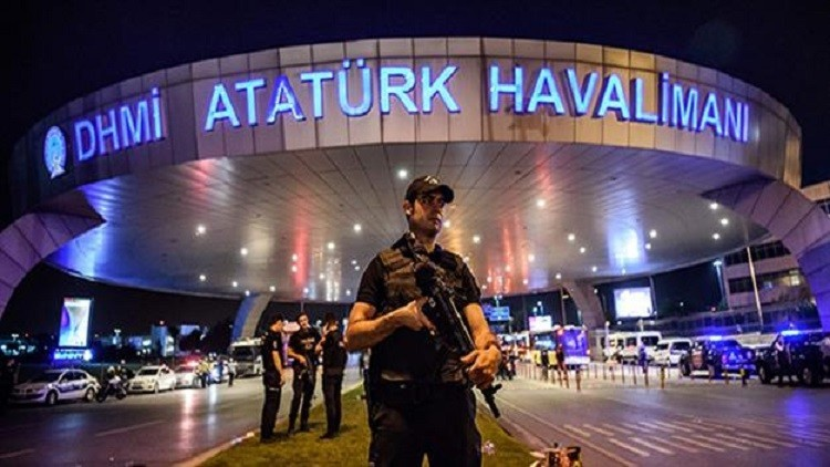 صحف: الأمن التركي حذر من تفجير المطار قبل 20 يوما