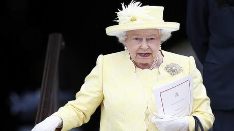 الملكة البريطانية إليزابيث