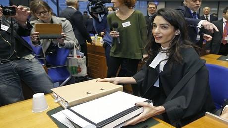 المحامية والناشطة الحقوقية أمل كلوني