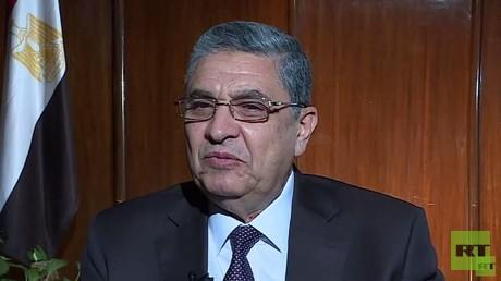 وزير الكهرباء والطاقة المصري محمد شاكر