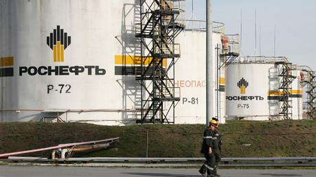 """روسيا تعتزم بيع أسهم في """"روس نفط"""" للصين والهند"""
