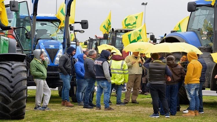 مزارعو إيطاليا: العقوبات ضد روسيا خيار انتحاري