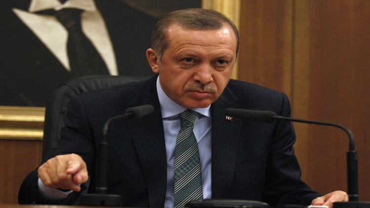 دعوى قضائية تركية ضد شاعر ألماني