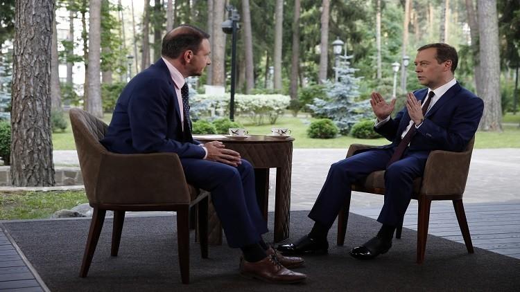 ميدفيديف: روسيا لن تغير اقتصادها من أجل أي بلد