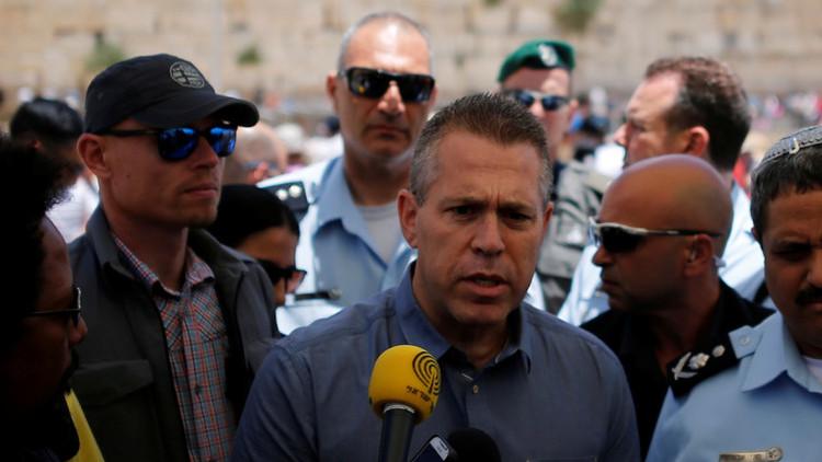 وزير إسرائيلي يتهم