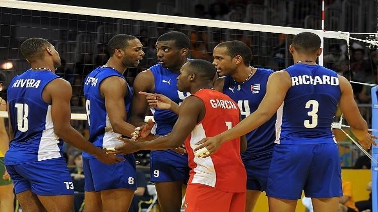 اعتقال ثمانية لاعبين من منتخب كوبا للكرة الطائرة