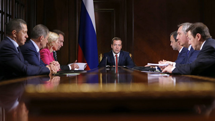 الحكومة الروسية توافق على تجميد ميزانية الانفاق