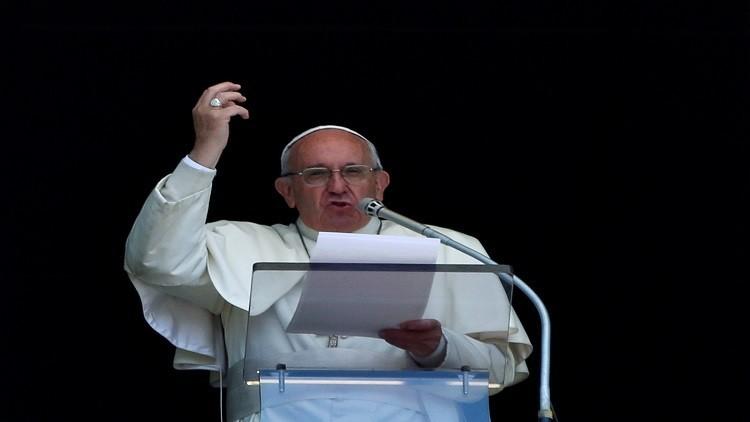 البابا فرنسيس: لا حل عسكريا في سوريا