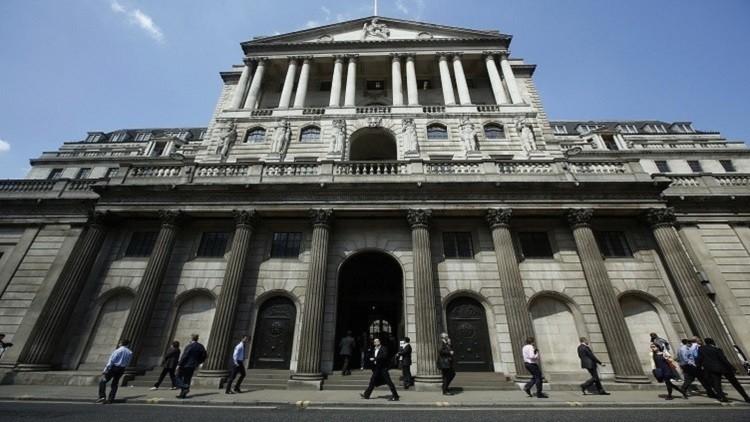 بنك انجلترا يتبنى خطوات لامتصاص صدمة