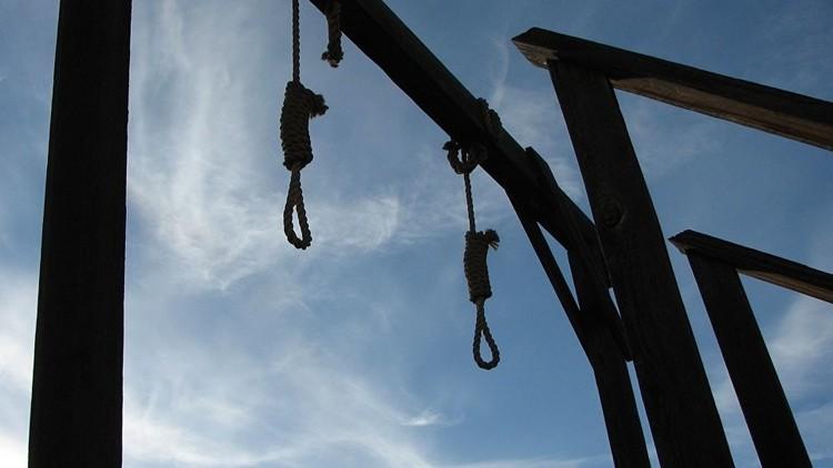 نائب عراقي يطالب العبادي بإعدام جميع السجناء المتهمين بالإرهاب أو تقديم استقالته