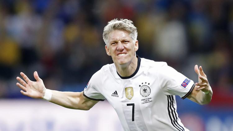 يورو 2016.. شفاينشتايغر يغيب عن تدريبات ألمانيا !!