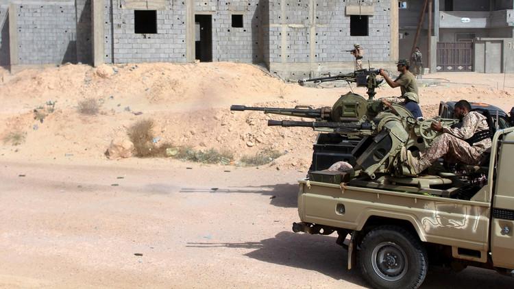 12 قتيلا بهجوم انتحاري غرب بنغازي