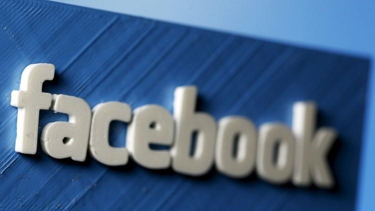 فيسبوك يعاقب صحفيا ألمانيا لانتقاده سياسة الهجرة
