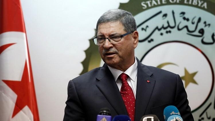 رئيس الوزراء التونسي الصيد يرفض الاستقالة