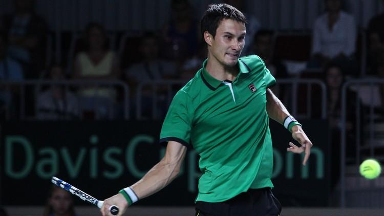 لاعب التنس الروسي دونسكوي يودع السويد