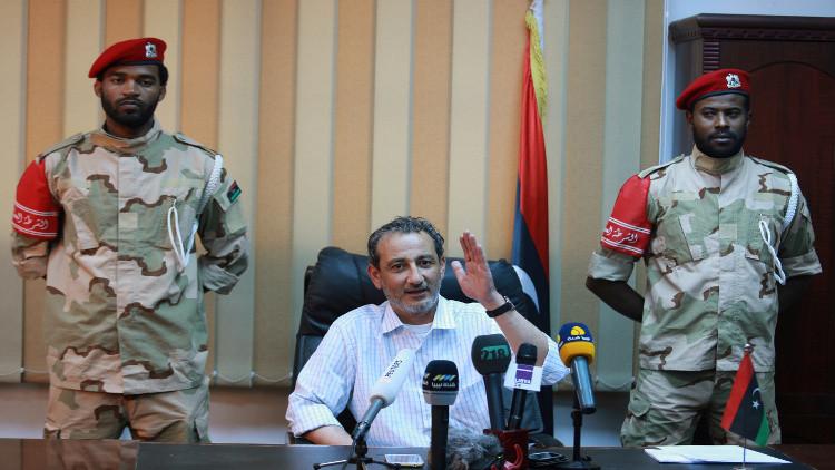 نجاة وزير الدفاع الليبي من محاولة اغتيال