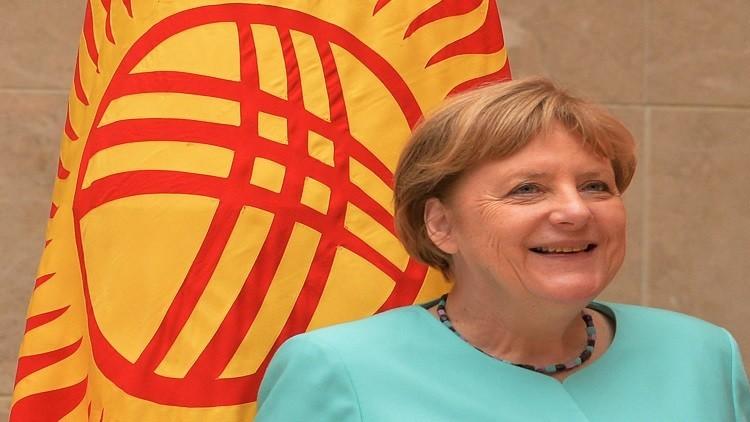 ميركل تدعو ماي لزيارة برلين