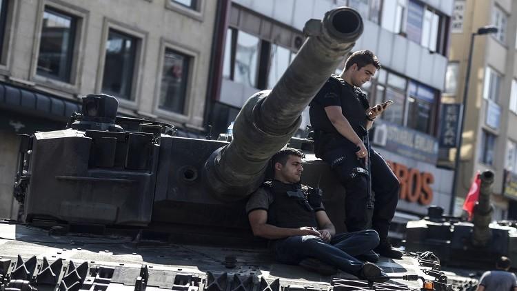 قائد سلاح الجو التركي السابق قد يكون هو زعيم الانقلاب