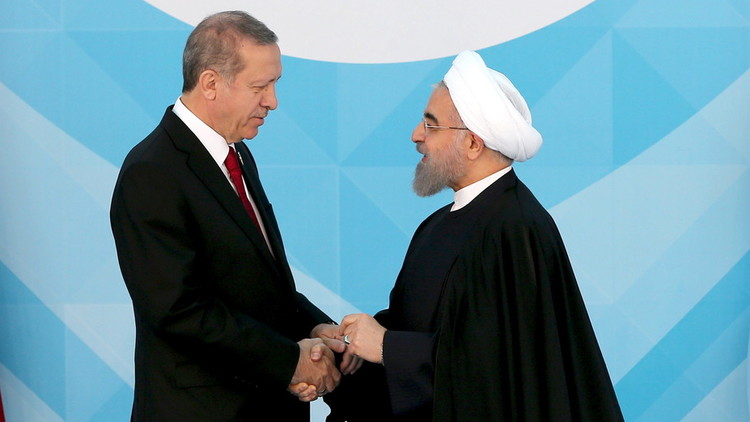 روحاني يؤكد لأردوغان وقوف طهران إلى جانب أنقرة