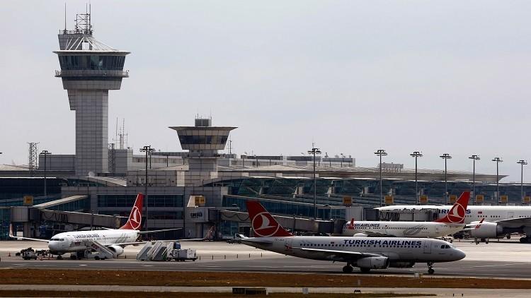 طائرة أردوغان تحط في أنقرة وتعود إلى إسطنبول