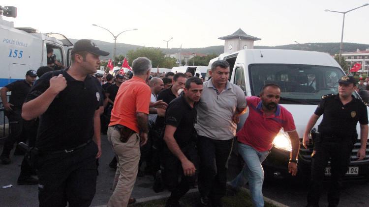 حملة الاعتقالات والإقالات مستمرة في تركيا