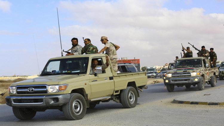 قوات حفتر تسيطر على بلدة المقرون قرب بنغازي