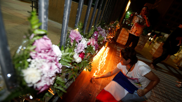 فرنسا تمدد حالة الطوارئ لـ6 أشهر أخرى